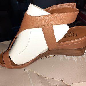 Size 8 Dori cognac shoe